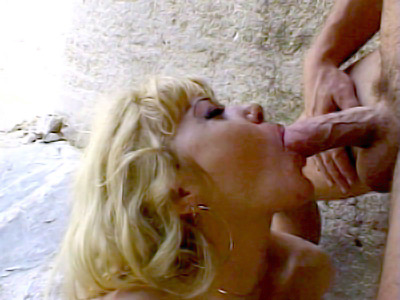 Blonde Outdoor sloshed Stuffing